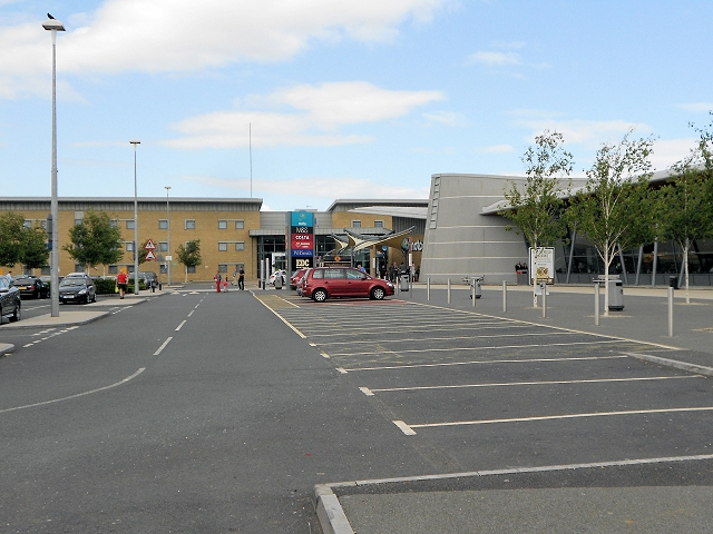 File:Wetherby services front 2013.jpg