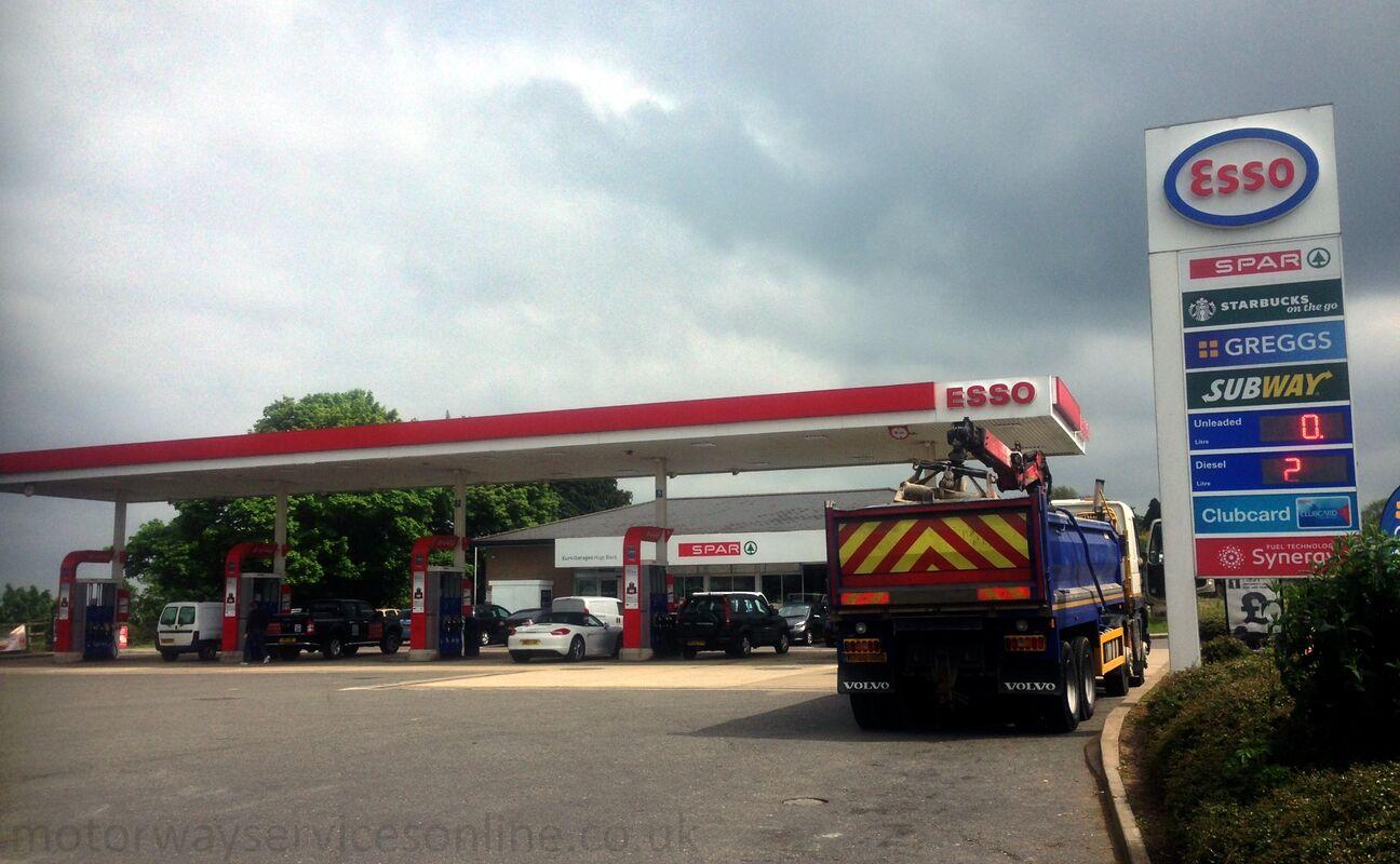 Esso motorway services online esso service stations - Esso garage opening times ...