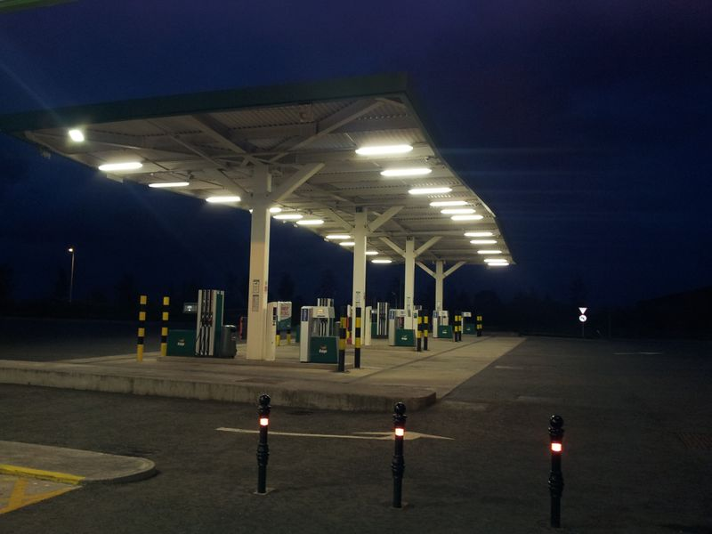 File:Enfield forecourt at night.jpg