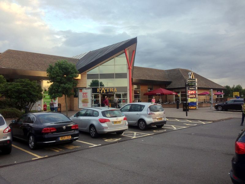 File:Peterborough 2014 front of services.jpg
